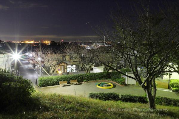 並木・東京湾アクアライン(北東)方向の夜景を望む