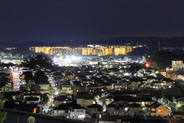 金沢町・金沢文庫(南南西)方向の夜景を望遠で捉える