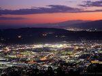 渋沢(南西)方向の夜景を望む