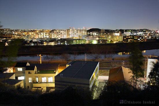 新吉田町(北)方向の夜景を望む