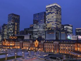 東京駅(北東)方向の夜景を望む