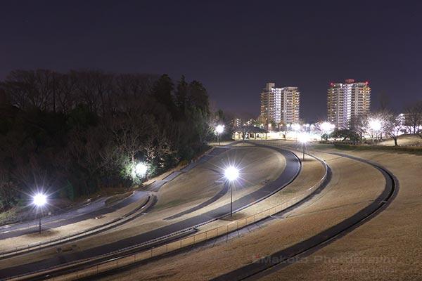 若葉台駅(南)方向の夜景を望む