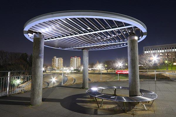 夜景スポット 若葉台公園 展望スペースの雰囲気