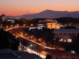 唐木田・多摩センター(西)方向の夜景を望む