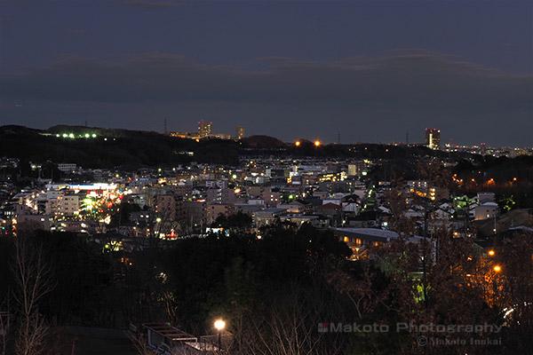 野猿街道(北東)方向の夜景を望む