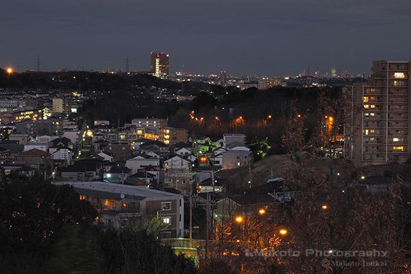 越野(北東)方向の夜景を望遠で捉える
