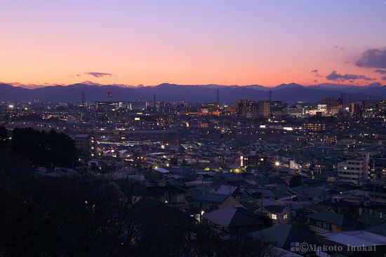 豊田駅・八王子(西北西)方向の夜景を望む