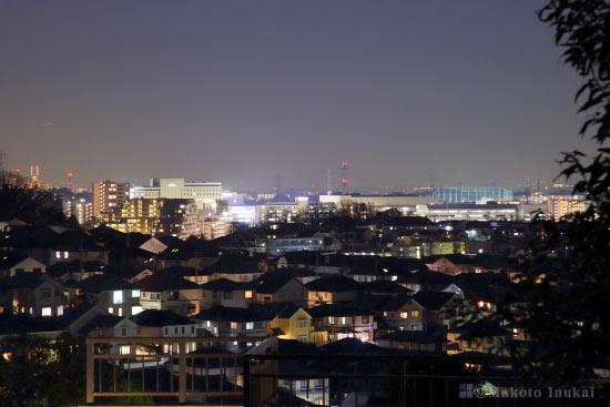 新百合ヶ丘(南東)方向の夜景を望遠で捉える
