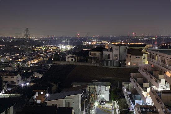 上麻生(西)方向の夜景を望む
