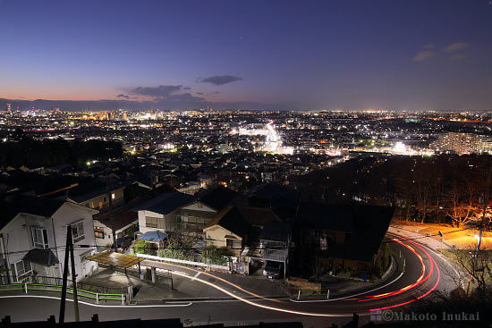 日野(北)方向の夜景を望む