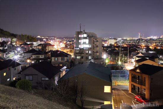 平山6丁目(西)方向の夜景を望む