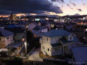 福島町(南)方向の夜景を望む