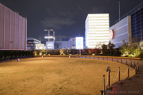ミキモト・山野楽器(西)方向の夜景を望む