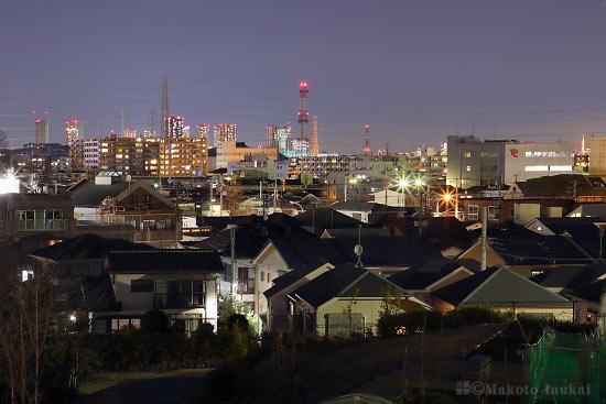 師岡町・武蔵小杉(北)方向の夜景を望遠で捉える