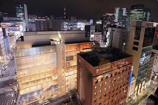 ソニースクエア・銀座5丁目(南南東)方向の夜景を望む