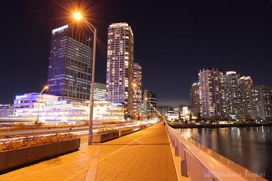 夜景スポット みなとみらい大橋の雰囲気