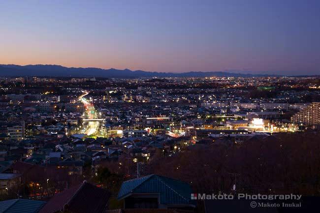 豊田(北西)方向の夜景を望遠で捉える
