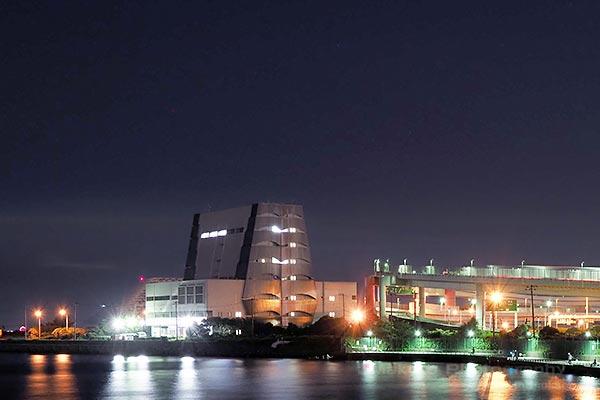浮島町ジャンクション(南西)方向の夜景を望む