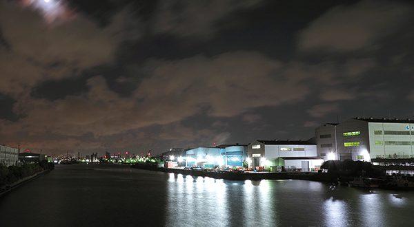 千鳥運河・千鳥町(南西)方向の夜景を望む