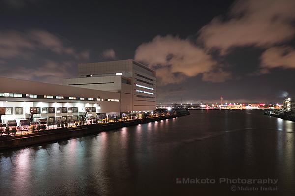 羽田空港(北東)方向の夜景を望む