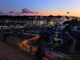 京王堀之内駅・多摩ニュータウン東山(南)方向の夜景を望む